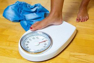Fique de olho na gordura corporal e não somente nos quilos da balança.